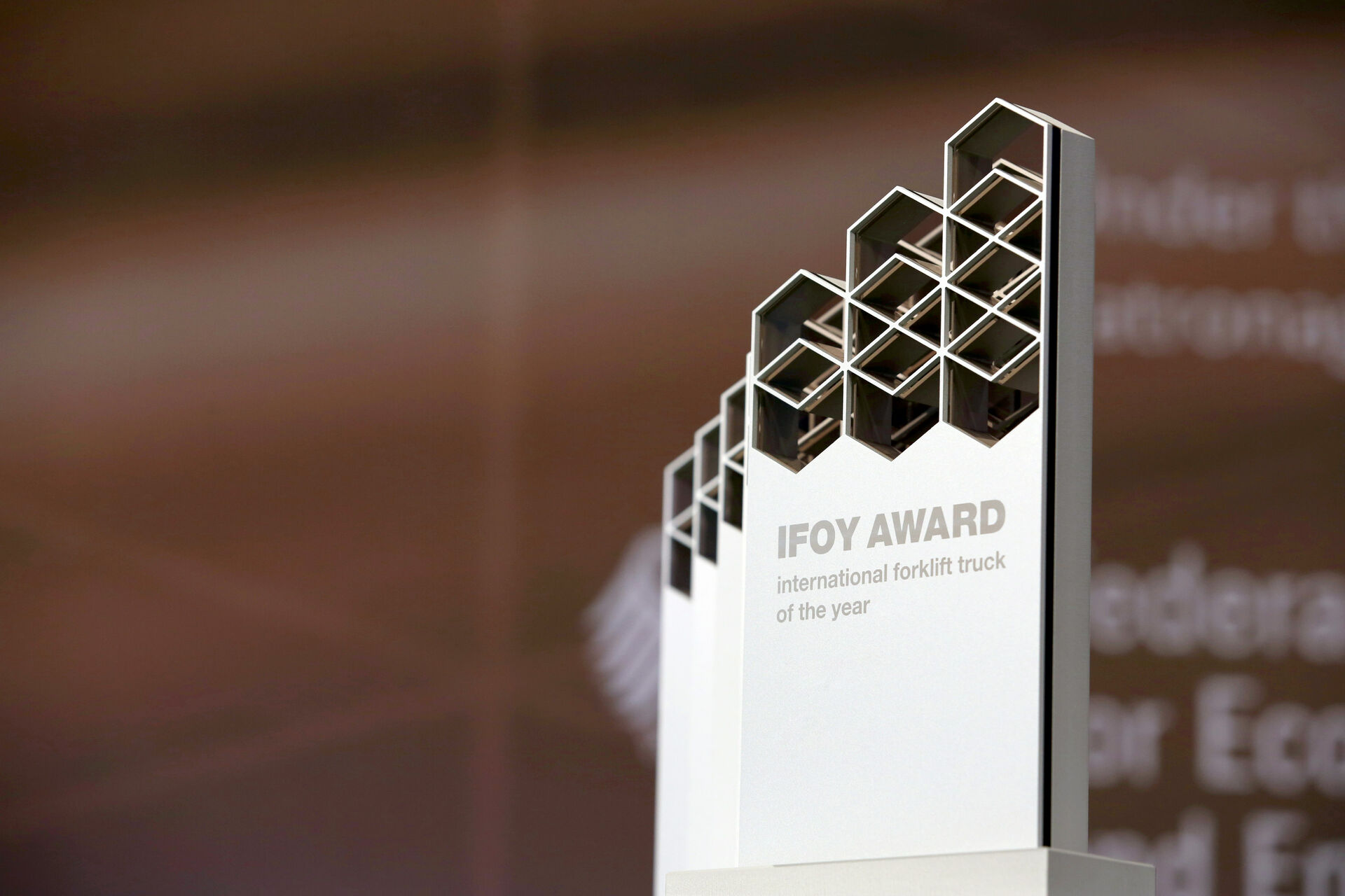 IFOY - INTERNATIONAL FORKLIFT TRUCK OF THE YEAR